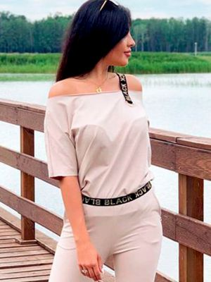 Khatia 2 - Off shoulder top
